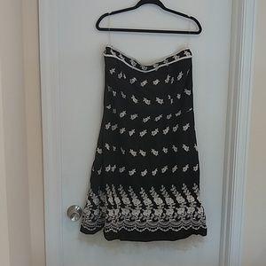 Torrid black & white embroidered strapless dress